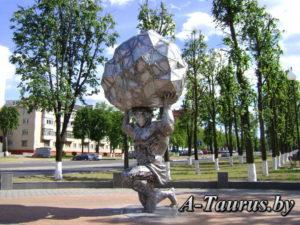 Скульптура Волат в городе Жодино