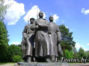 Передний план монумента в честь Куприяновой