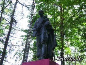 Памятник на братских могилах, Логойск