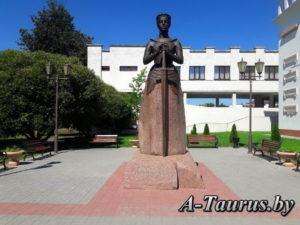 Памятник Анастасии Слуцкой в Слуцке