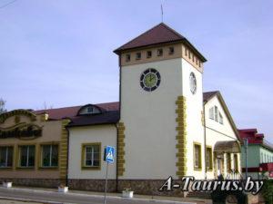 Универсам замковый Логойск